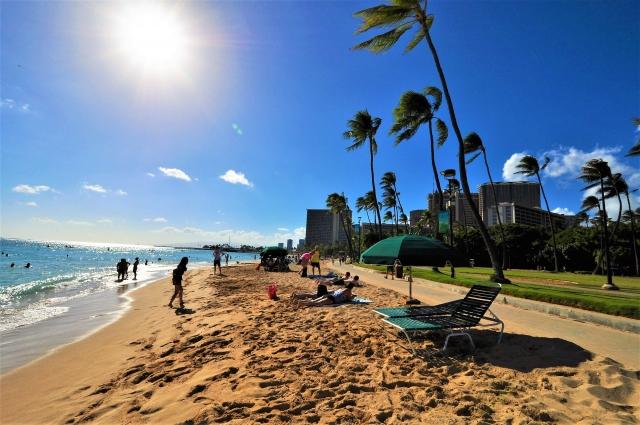 ハワイのビーチの40%は、海面上昇により30年で消滅する可能性