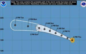 ハリケーンダグラスに先立って、ハワイは緊急宣言を発表