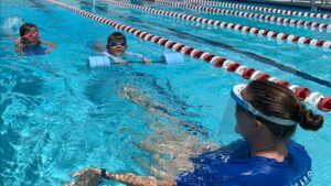 ハワイの保健当局が学校でのスポーツに関するガイダンスについて話し合う