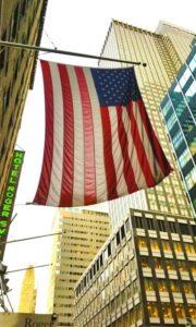 米国は海外からの訪問者のために新しいCOVID-19ルールに取り組んでいます